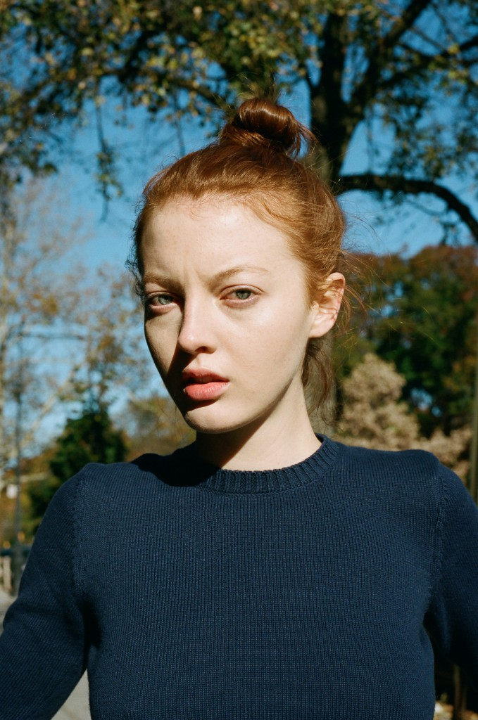 Laura Hanson Sims снялась в клипе Lost On You