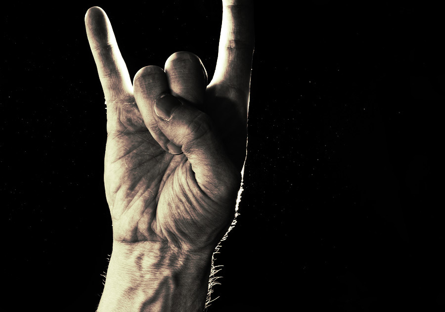 rock_on_hand