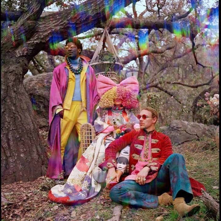 LSD (Labrinth, Sia, Diplo): Mountains — перевод