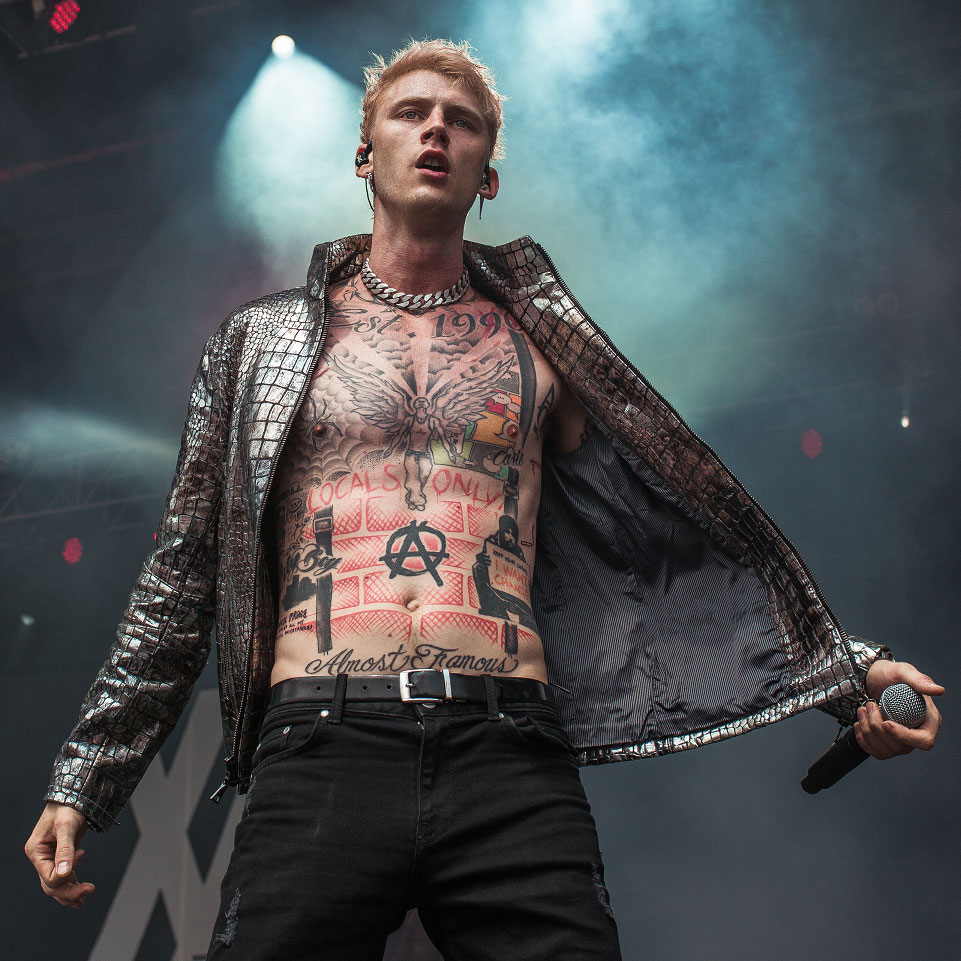 Machine Gun Kelly: Hollywood Whore - перевод песни